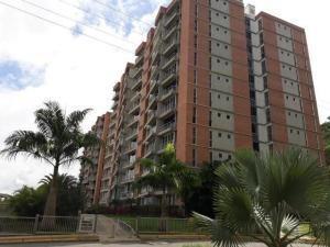 El Encantado Vende Apartamento Mls # 19-10623