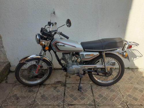 Imagem 1 de 9 de Honda  Ml
