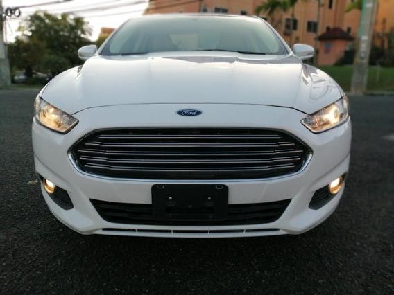Ford Fusion Americana