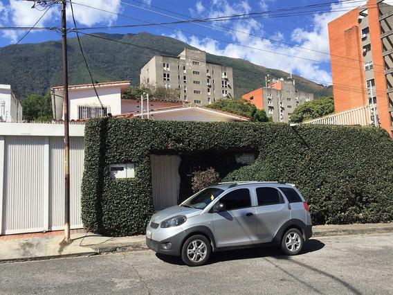 Se Alquila Casa/comercial 600m2 Los Palos Grandes