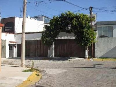 Dos Casas En Una Misma Propiedad Frente A Parque.recamara P