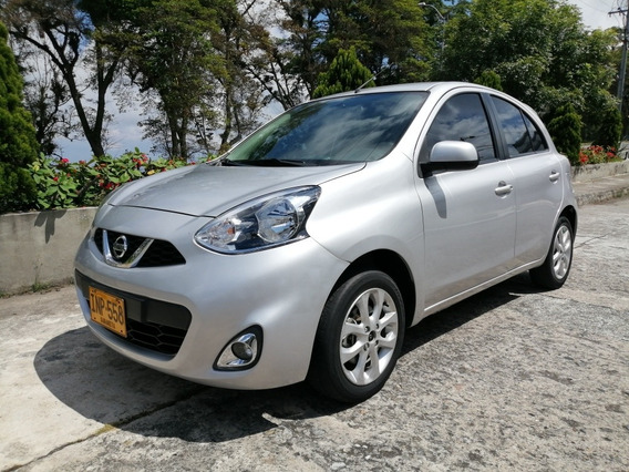 Nissan March Automatico