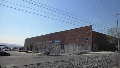Excelente Bodega En Parque Industrial Balvanera En Renta !!