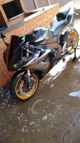 Yamaha Fzy R1 1000cc