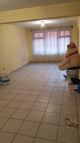Rento Amplia Casa Cd Azteca 2nd Secc, 4 Recamaras