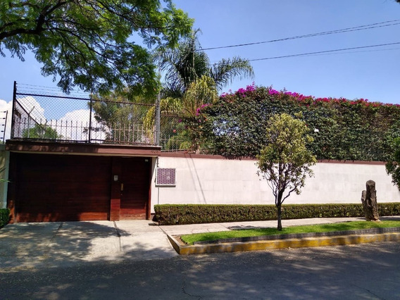 Casa En Venta En Lomas Estrella 1a Secc, Iztapalapa Rcv-4002