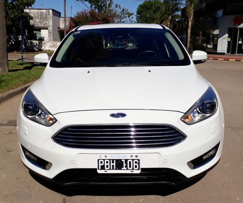 Ford Focus 2.0 5p Tit. Powershift 2015 Financiado