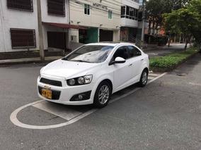 Chevrolet Sonic Full Automático 2013