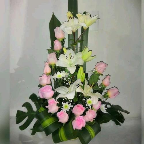 Imagen 1 de 5 de Arreglos Florales Para Todo Acontecimiento 73051633
