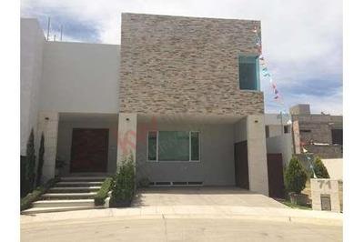 ¡excelente Casa En Venta Dentro Del Exclusivo Coto Mitica Con Acabados De Lujo E Instalaciones Únicas!