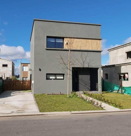 Alquiler Moderna Casa 3 Dormitorios En Barrio El Aljibe