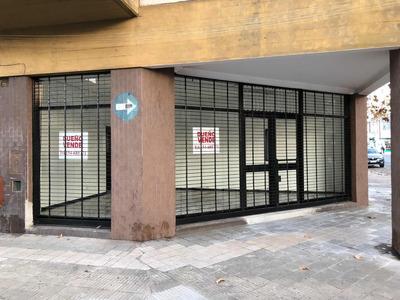 Local Comercial 3 Ambientes Y 2 Entradas Independientes