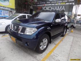 Nissan Pathfinder Le Premium 2.4 4x4