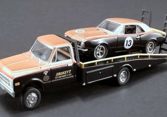 Smokey Yunick 1967 Trans Am Camaro And Ramp Truck - Gmp 1/64