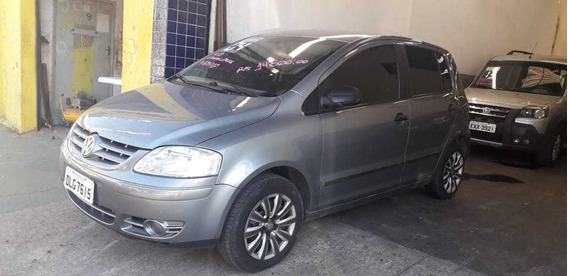 Volkswagen Fox 1.0 Plus Total Flex 5p 2004