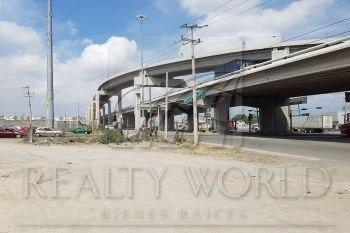 Pterreno Con Gran Potencial Comercial, Zona De Alto Flujo Vehicular En Esquina./p