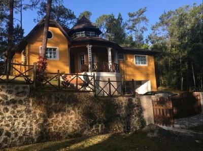 Villa Amueblada En Jarabacoa De 3hab/3.5 Baños/ 928.17m2