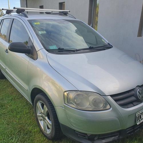 Volkswagen Suran 1.6 I Trendline 90b 2009