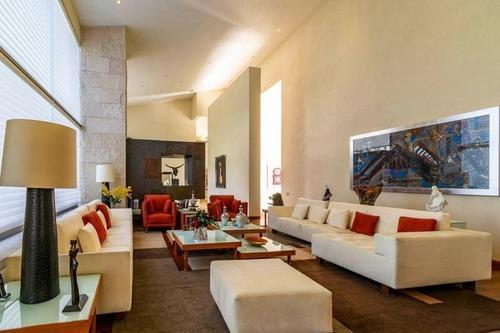 Espectacular Residencia En Venta En Lomas Country Club