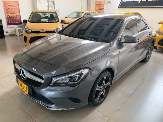 Mercedes Benz Cla 180 Gris Montaña 2019 1.600 Cc Turbo
