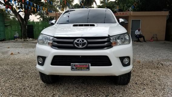 Toyota Hilux Casa