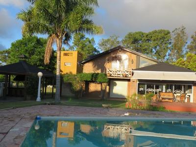 Casa Quinta De Categhoria En Veronica, Ptdo De Punta Indio