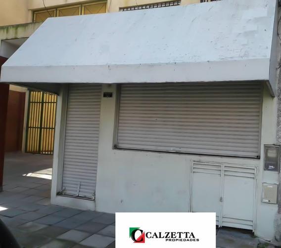 Alquiler Local 4x11 Mts Comercial Sobre Av. Rivadavia 141