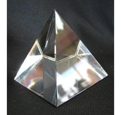 Pirámide De Cristal Clara