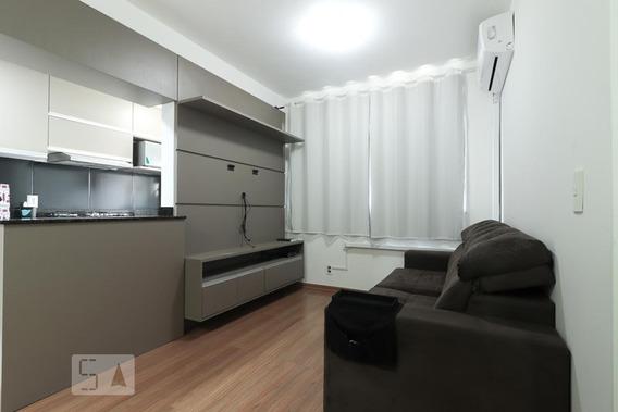 Apartamento Para Aluguel - Camaquã, 3 Quartos, 62 - 893112022
