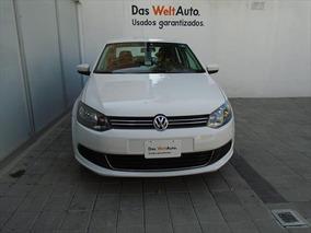 Volkswagen Vento Active Tdi Mt 1.6l 105hp 2014