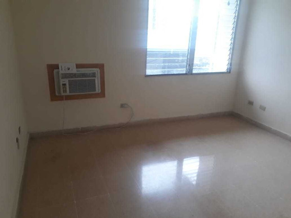 Alquilo Apartamento Por La 12 De Cotubre Muy Bonito