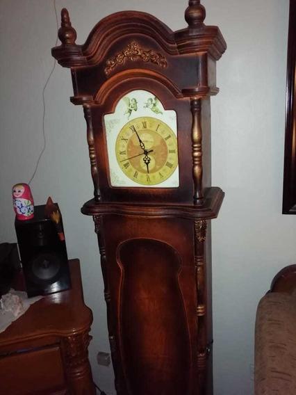 Reloj Hermoso De Madera Importado