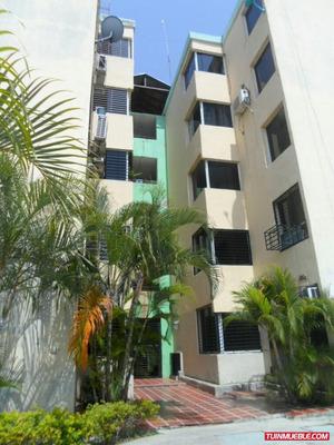 Apartamentos En Venta En Brisas De Paraparal 04241655341