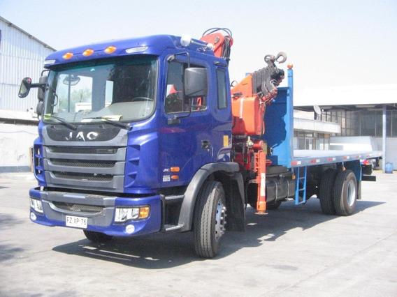Camión Pluma