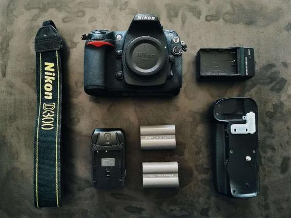 Nikon D300 Poucos Cliques + 2baterias + Gripe