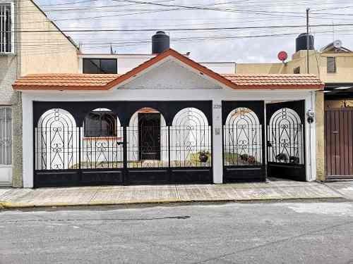 Casa En Venta En Fuentes De San Gabriel, Metepec