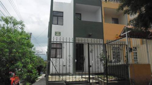 Imagen 1 de 12 de Casa En Loma Dorada, Tonala