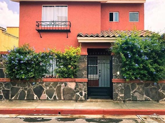 Preciosa Casa Con Jardín En Real Toscana - 3 Recámaras