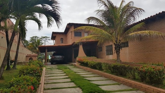 Espectacular Casa En Higuerote 78-20-33 421355