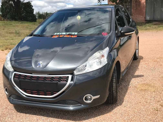 Peugeot 208 2014 1.0 Access 5p