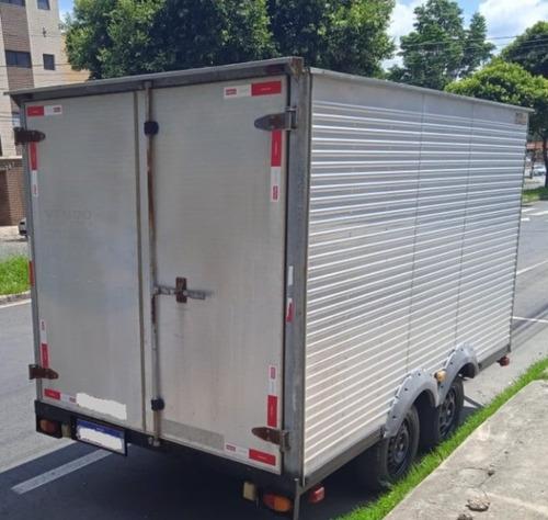 Imagem 1 de 12 de Carretinha Reboque Truck Baú 2013