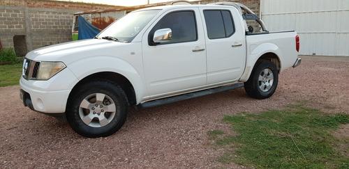 Nissan Frontier 2011 2.5 Le Cab Doble 4x4