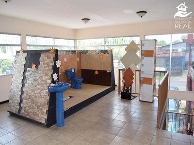 Se Vende Deposito Materiales Y Ferreteria En Santo Domingo