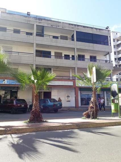 Local Centro Comercial Karol