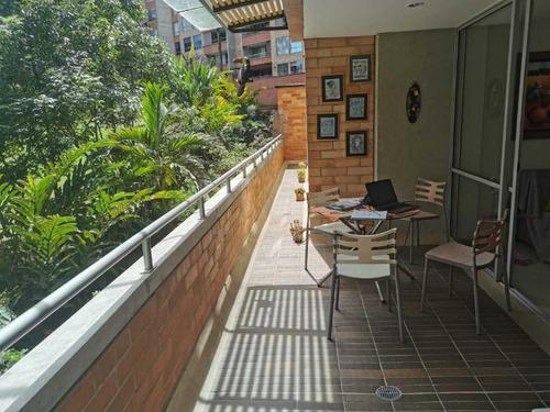 Amplio Apartamento Con Terraza Esmeraldal