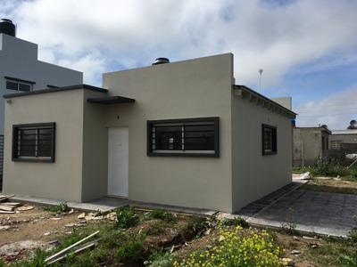 Casas En Barrio Privado Boutique, No Apto Banco No Duplex