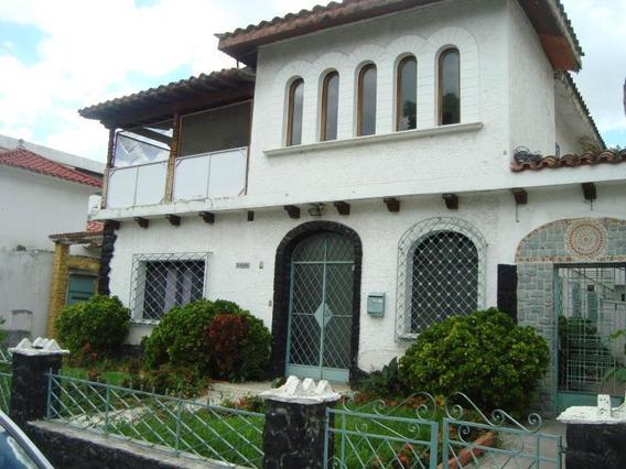 Casas En Venta - El Paraíso - 19-14680