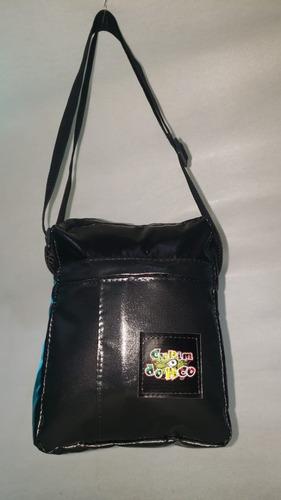 Shoulder Bag Preta Não Molha  + Brinde