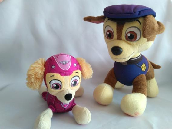 Pelúcia Cachorro Chase + Skye Patrulha Canina Usado B24