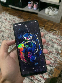 Celular Xiomi Mi 8 Lite